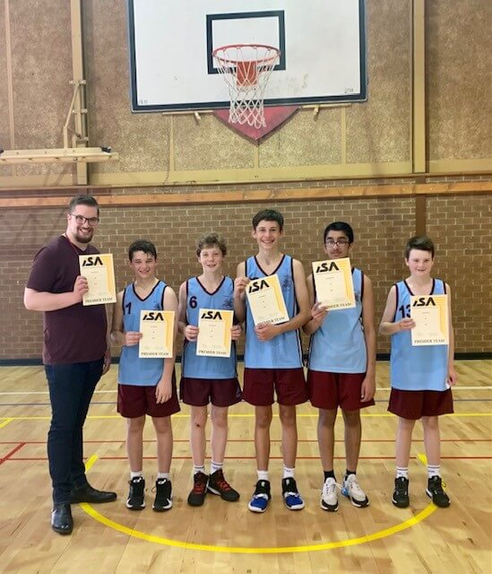 Patrick Bartlett's 'fantastic 5' 14Bs topped off a great season with a 22-17 win over Oakhill.